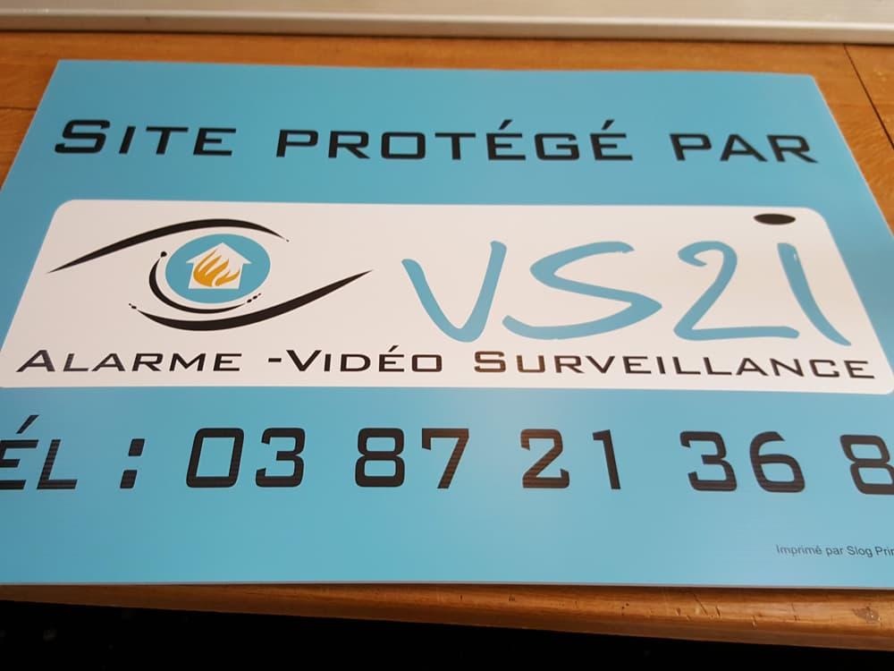 Impression panneaux akylux sur Metz